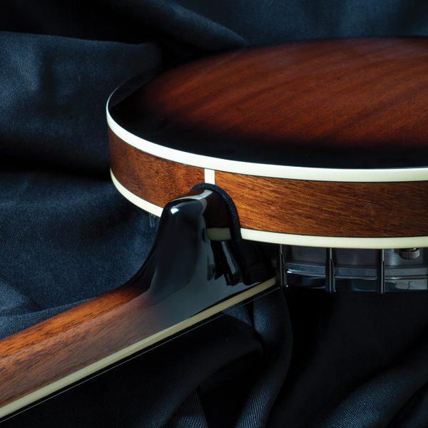 back of Oscar Schmidt banjo